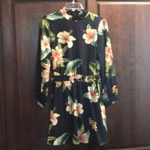Zara long sleeve floral mini dress